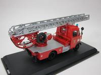 Mercedes-Benz L319 Feuerwehr mit Drehleiter DL18  Schuco  02807  4007864028078  1/43 2