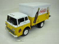 C-800 Delivery Truck  Ertl  H837  036881508373  1/25 1