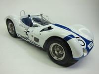 Maserati Tipo 61 Birdcage (1960)  CMC  M-047  1/18 1