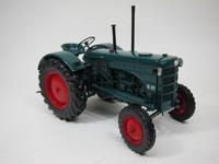 Hanomag R28 Traktor 1953  MINICHAMPS  109153070  4012138056084  1/18 1