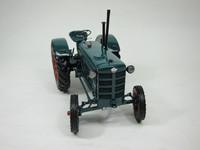 Hanomag R28 Traktor 1953  MINICHAMPS  109153070  4012138056084  1/18 2