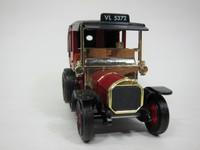 1907 UNIC TAXI  MATCHBOX  Y-28  035995273764  1/42 2