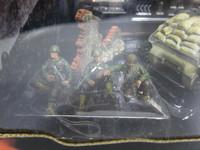 D-DAY U.S.M4A3 Sherman  UNIMAX  80235  018876802352  1/32 2