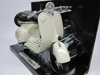 Vespa 150 VL 1T  New-Ray  4905083081778  1/6 1