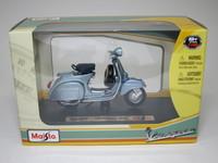 Vespa 150 Super(1965)  Maisto  4534253021032  1/18 3
