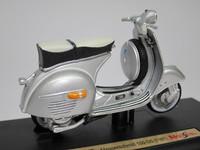 Vespa 150 GS(1961)  Maisto  4534253021032  1/18 2