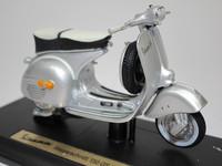 Vespa 150 GS(1961)  Maisto  4534253021032  1/18 1