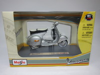 Vespa 150 GS(1961)  Maisto  4534253021032  1/18 3