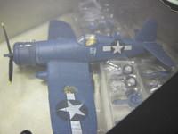 U.S.F4U-1D Corsair VmF-323  UNIMAX  85428  018876854283  1/72 3