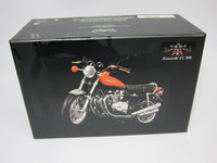 Kawasaki Z1 900 Candy brown 1972  MINICHAMPS  122164100  4012138042766  1/12 6