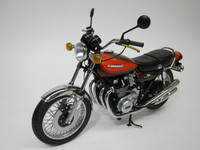 Kawasaki Z1 900 Candy brown 1972  MINICHAMPS  122164100  4012138042766  1/12 1