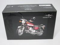 Suzuki GT 750 1973  MINICHAMPS  122162101  4012138079052  1/12 6