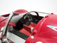 Ferrari 330 P4  gmp  G1804101  1/18 3
