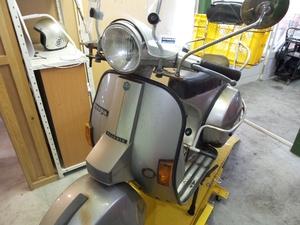 鎌倉 バイク 修理 カスタム ベスパ 作業例