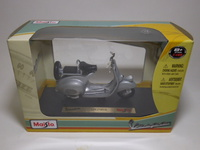 Vespa 125(1953)  Maisto  0090159393009  1/18 3